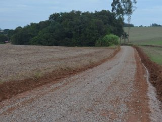 Estradas gerais e vicinais recebem melhorias