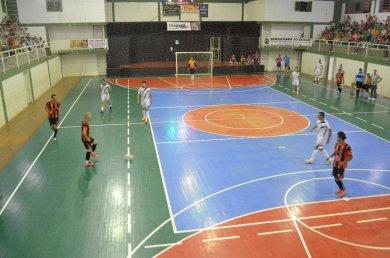 Municipal de Futsal e Vôlei