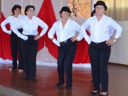 Cras oferece oficina de danças para a Terceira Idade