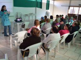 Grupos da Terceira Idade receberam orientações sobre a saúde da mulher