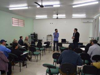 Prefeitura realizou reunião com beneficiários do PNHR