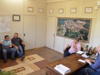 Realização de seminário sobre Produção Leiteira é discutida pela Administração Municipal