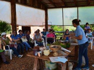 Prefeitura e Emater realizaram o 1º Dia de Campo no Turismo