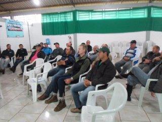 Emater realizou reunião sobre solos em Victor Graeff