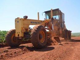 Secretaria de Obras recupera estradas municipais