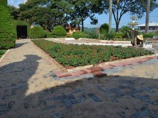 Seguem as obras da 2ª etapa da revitalização na Praça Municipal Tancredo Neves