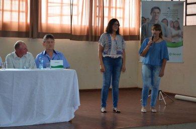 Cooperativa Escolar da EMEF Marcílio Dias apresenta suas atividades à comunidade