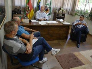 Administração realizou reunião com o Sindiserv
