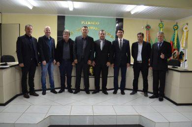 Alflen participou de reunião da Amasbi