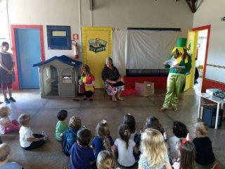 Professoras encenaram peça de Monteiro Lobato