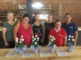 Grupos do CRAS realizaram atividades de artesanato