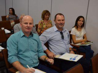 Prefeito Alflen participou de reunião da AMAJA em Saldanha Marinho