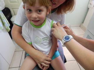 Victor Graeff vai vacinar contra a pólio