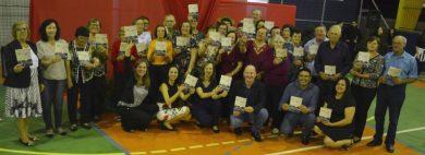 Histórias de Vida!  Grupos de Terceira Idade do CRAS lançaram livro de relatos
