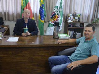 Prefeito Alflen recebe visita do novo Presidente da Câmara