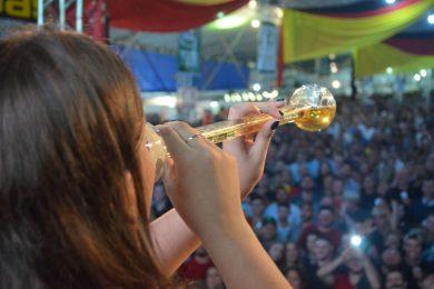 Festival Nacional da Cuca com Linguiça: 18 anos de sucesso e gastronomia típica
