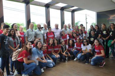 Cooperativa Escolar da EMEF Marcílio Dias participou do lançamento do Dia C de Cooperar