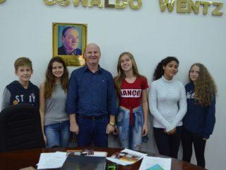 Alflen participou da última sessão da atual Câmara Mirim de Victor Graeff