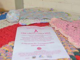 Secretaria de Saúde e CRAS arrecadam peças de crochê para ação do Outubro Rosa