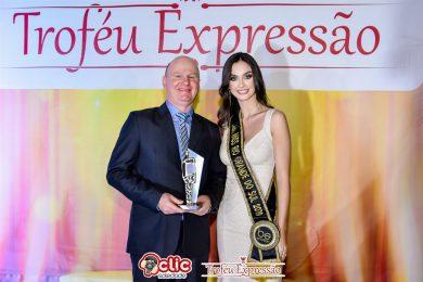 Amasbi recebe Troféu Expressão por atuação na região