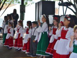 Apresentações culturais encantaram o público da 12ª Expovig