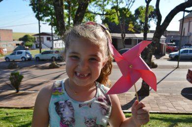 1ª Tarde das Crianças diverte pais e filhos na Mais Bela Praça