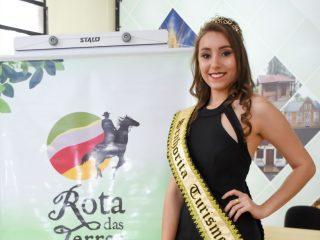 Senhorita Turismo de Victor Graeff participa de concurso regional