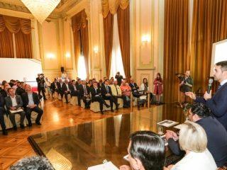 Alflen participa de apresentação do programa de quitação de dívidas da saúde no Palácio Piratini