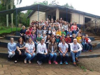 Profissionais da Secretaria Municipal da Saúde participam da Mostra do Conhecimento na Escola JOMAC