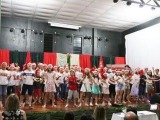 EMEF Leonel de Moura Brizola promoveu festividade de Natal e formatura do 9º ANO