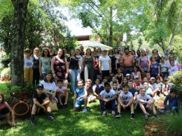 """Finalistas do Programa """"Viajando pela Rota"""" visitaram o """"Caminho das Topiarias, Flores e Aromas"""""""