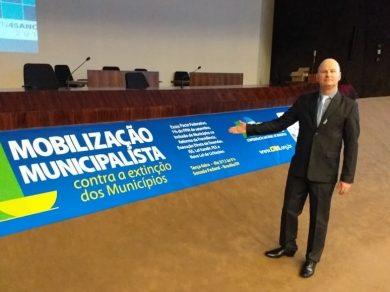Prefeito Cláudio Alflen participa da Mobilização Municipalista contra a extinção dos Municípios em Brasília