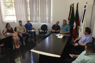 Prefeito Cláudio Alflen participa de organização de evento municipalista