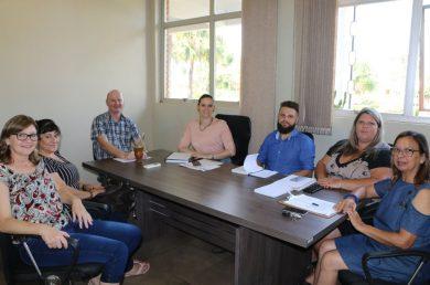 Rota das Terras Encantadas realiza reunião sobre turismo em Victor Graeff