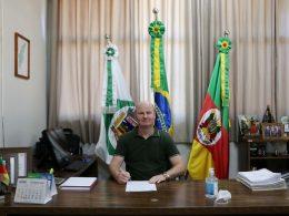 Prefeito Cláudio Alflen reassume o Executivo Municipal