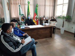 Prefeito Cláudio Alflen se reúne com os conselheiros tutelares