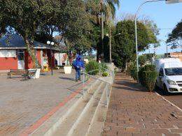 Espaços públicos recebem sanitização