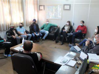 Prefeito, Secretários e Vereadores realizam reunião