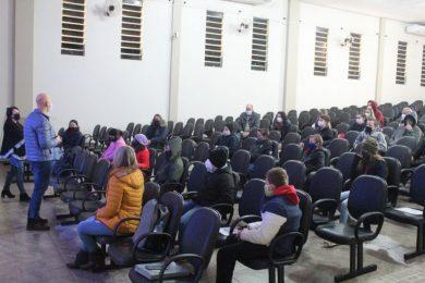 Cooperativa Escolar da EMEF Marcílio Dias realizou mobilização.