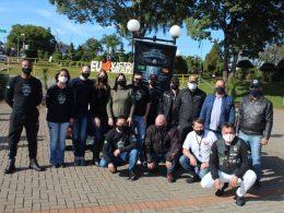Moto Grupo Brasão de Aço arrecadou mais de 300kg de alimentos